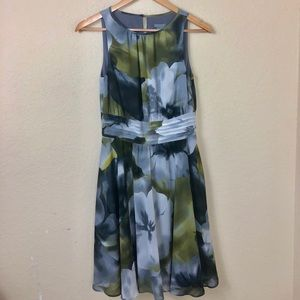 Euc Talbots floral sleeveless dress